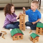 Lincoln-Logs-kids